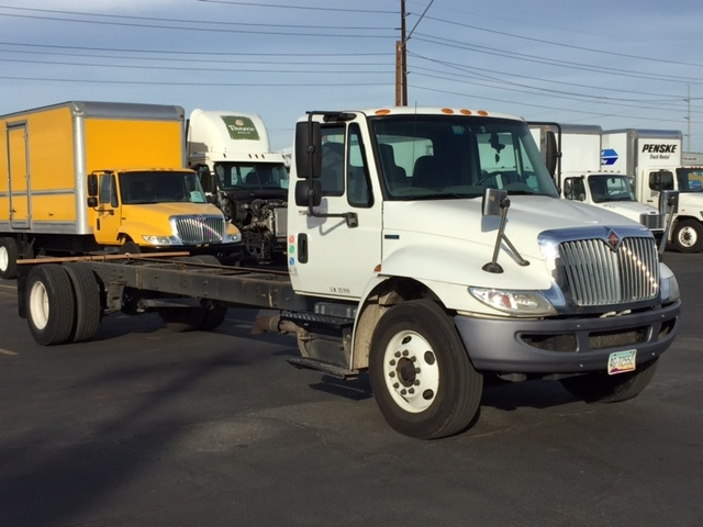 Cab and Chassis Truck-Light and Medium Duty Trucks-International-2011-4300-PHOENIX-AZ-256,459 miles-$13,000
