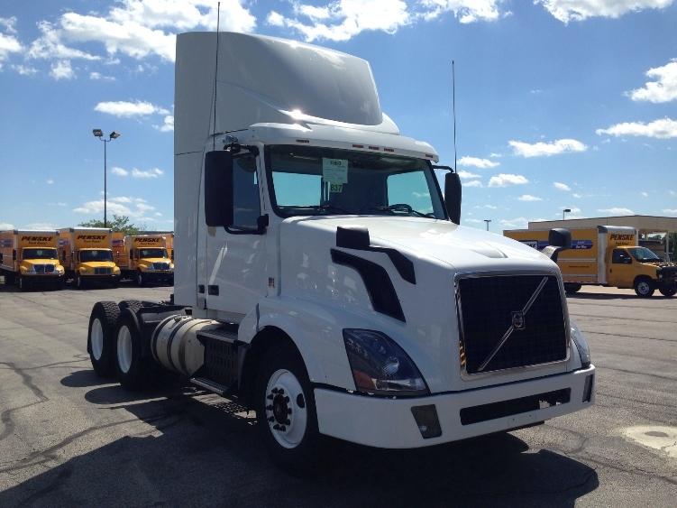 Day Cab Tractor-Heavy Duty Tractors-Volvo-2013-VNL64T300-CONYERS-GA-190,488 miles-$63,250