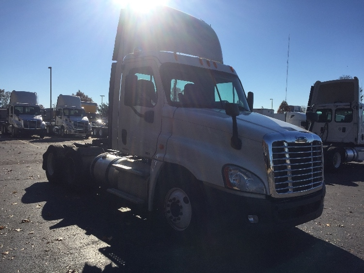 Day Cab Tractor-Heavy Duty Tractors-Freightliner-2012-Cascadia 12564ST-MEMPHIS-TN-289,238 miles-$43,000