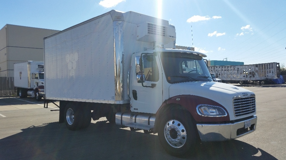 Reefer Truck-Light and Medium Duty Trucks-Freightliner-2009-M2-SAN LEANDRO-CA-236,194 miles-$21,000