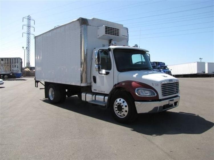 Reefer Truck-Light and Medium Duty Trucks-Freightliner-2009-M2-WEST SACRAMENTO-CA-252,445 miles-$20,500