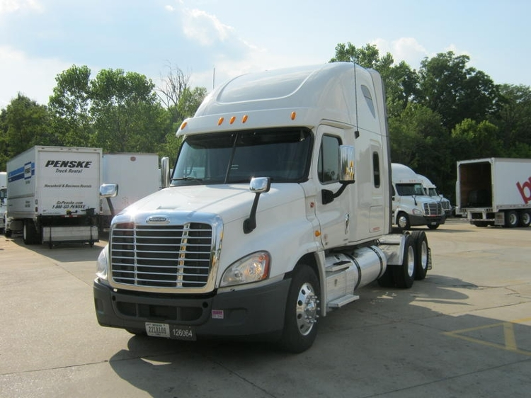 Sleeper Tractor-Heavy Duty Tractors-Freightliner-2012-Cascadia 12564ST-MEMPHIS-TN-587,356 miles-$33,750