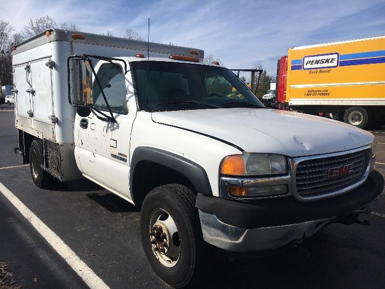 Medium Duty Box Truck-Light and Medium Duty Trucks-GMC-2001-SIERRA-LOUISVILLE-KY-200,000 miles-$2,500