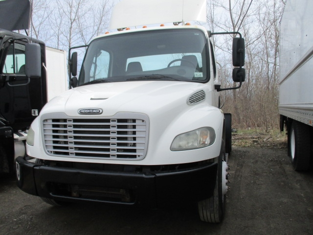 Day Cab Tractor-Heavy Duty Tractors-Freightliner-2006-M2-ELMIRA-NY-204,180 miles-$19,250