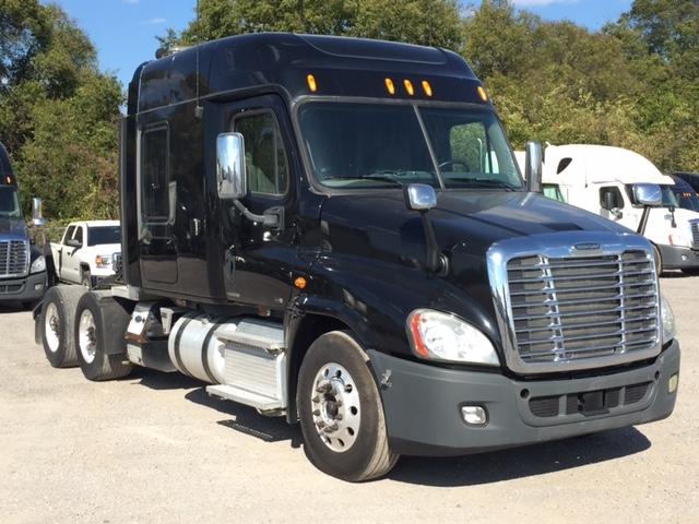 Sleeper Tractor-Heavy Duty Tractors-Freightliner-2012-Cascadia 12564ST-PHOENIX-AZ-382,341 miles-$40,500