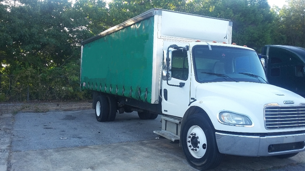 Medium Duty Box Truck-Light and Medium Duty Trucks-Freightliner-2006-M2-GREENSBORO-NC-400,980 miles-$13,250