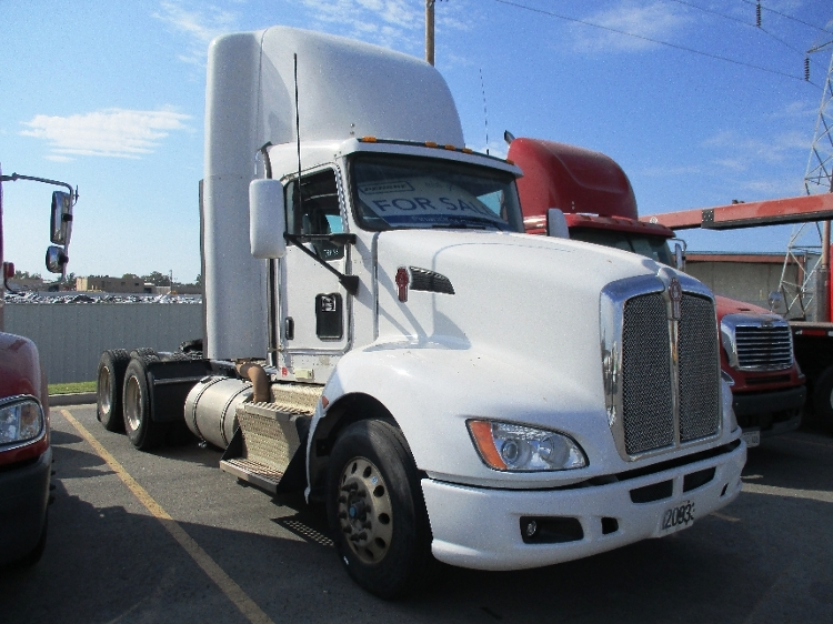 Day Cab Tractor-Heavy Duty Tractors-Kenworth-2012-T660-OKLAHOMA CITY-OK-544,109 miles-$33,000