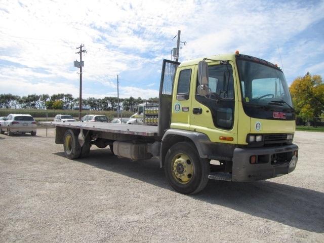 Flatbed Truck-Light and Medium Duty Trucks-GMC-2005-T7F042-SASKATOON-SK-282,547 km-$16,750