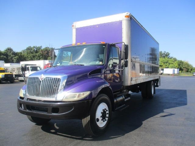 Medium Duty Box Truck-Light and Medium Duty Trucks-International-2007-4300-HARRISBURG-PA-330,012 miles-$13,000