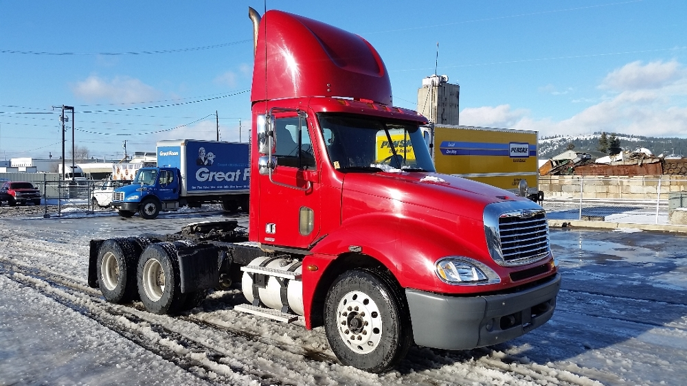 Day Cab Tractor-Heavy Duty Tractors-Freightliner-2006-Columbia CL12064ST-SPOKANE VALLEY-WA-463,525 miles-$32,150