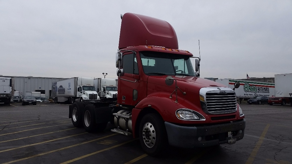 Day Cab Tractor-Heavy Duty Tractors-Freightliner-2007-Columbia CL12064ST-SAINT LOUIS-MO-589,438 miles-$25,750