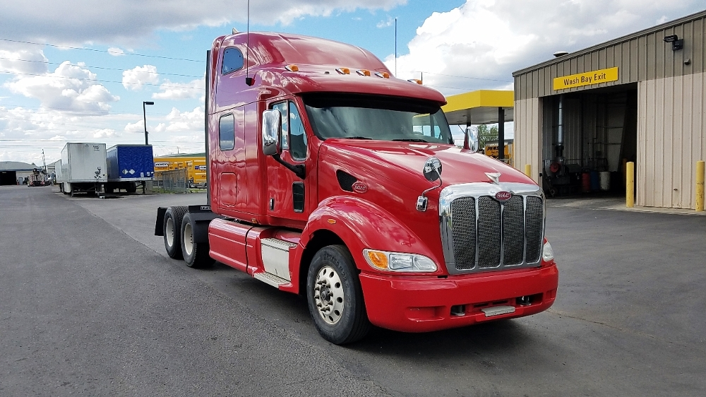 Sleeper Tractor-Heavy Duty Tractors-Peterbilt-2010-387-SPOKANE VALLEY-WA-549,184 miles-$34,000