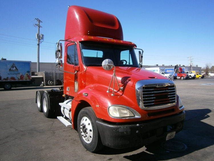 Day Cab Tractor-Heavy Duty Tractors-Freightliner-2007-Columbia CL12064ST-LITTLE ROCK-AR-556,248 miles-$33,200