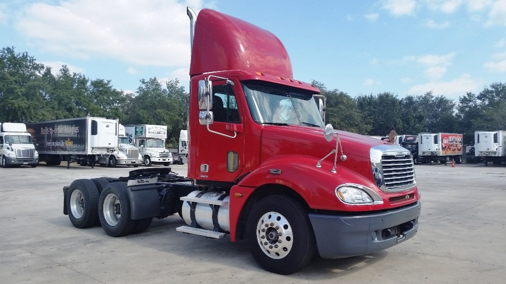 Day Cab Tractor-Heavy Duty Tractors-Freightliner-2006-Columbia CL12064ST-ORLANDO-FL-599,785 miles-$29,450