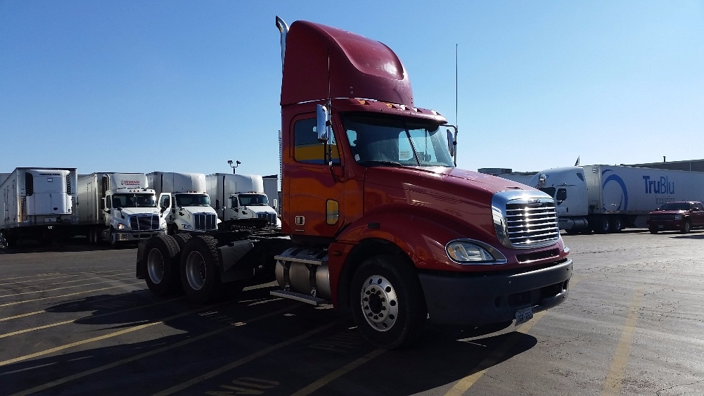 Day Cab Tractor-Heavy Duty Tractors-Freightliner-2006-Columbia CL12064ST-SAINT LOUIS-MO-475,802 miles-$31,950