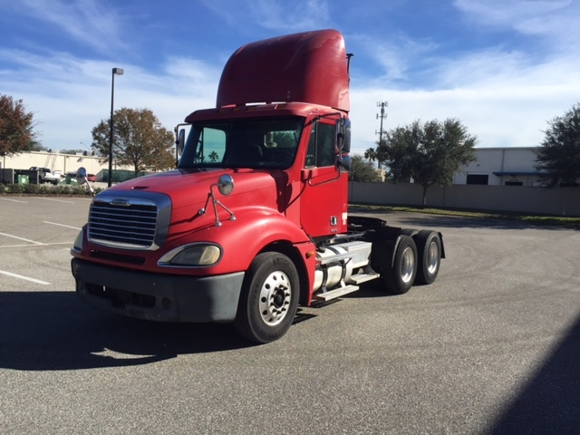 Day Cab Tractor-Heavy Duty Tractors-Freightliner-2006-Columbia CL12064ST-TAMPA-FL-564,413 miles-$24,700
