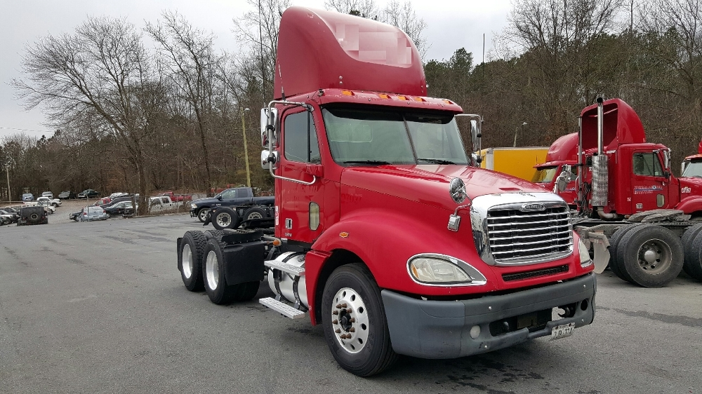 Day Cab Tractor-Heavy Duty Tractors-Freightliner-2007-Columbia CL12064ST-DALTON-GA-621,458 miles-$25,900