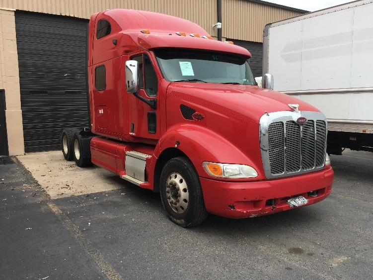 Sleeper Tractor-Heavy Duty Tractors-Peterbilt-2010-387-DALLAS-TX-509,242 miles-$30,250