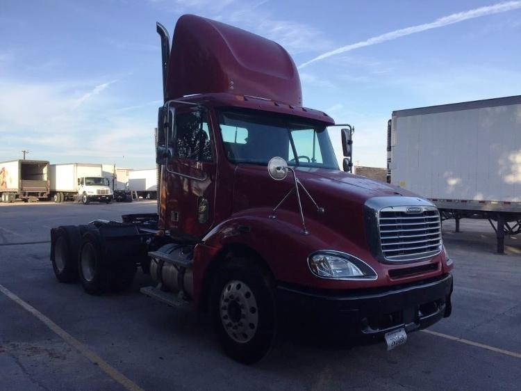 Day Cab Tractor-Heavy Duty Tractors-Freightliner-2007-Columbia CL12064ST-SAN ANTONIO-TX-442,105 miles-$29,000