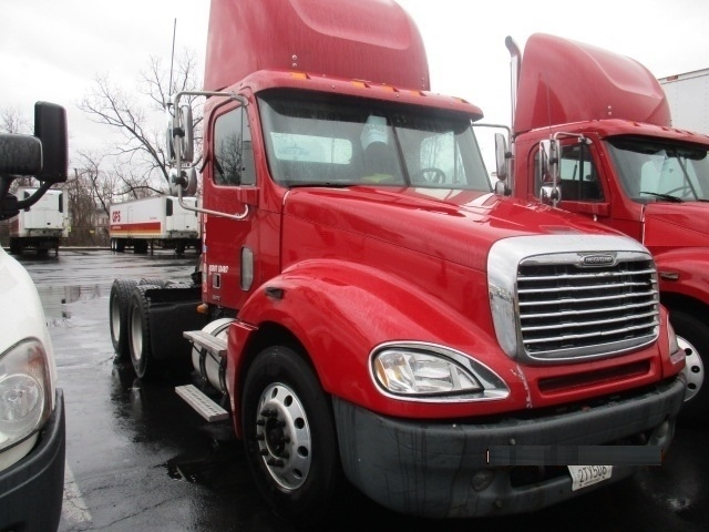 Day Cab Tractor-Heavy Duty Tractors-Freightliner-2007-Columbia CL12064ST-BELCAMP-MD-585,693 miles-$21,500