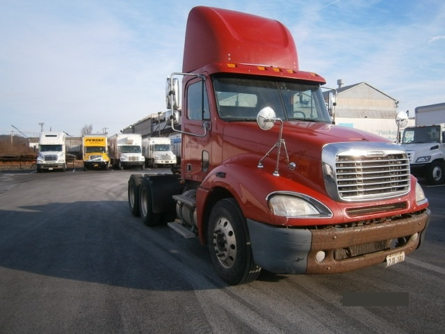 Day Cab Tractor-Heavy Duty Tractors-Freightliner-2007-Columbia CL12064ST-PITTSBURGH-PA-481,006 miles-$22,750