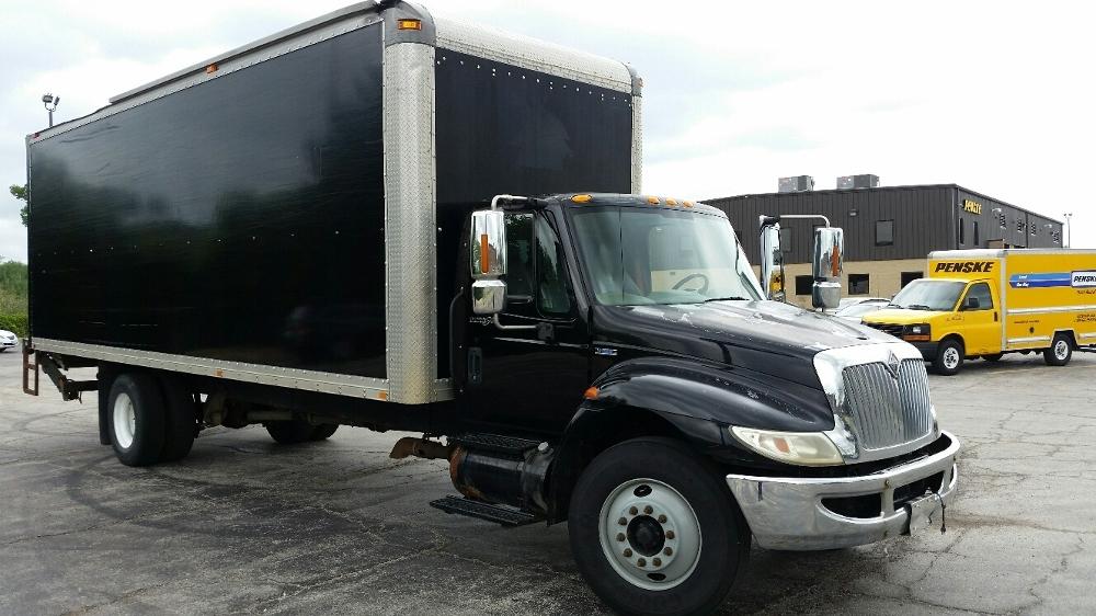 Medium Duty Box Truck-Light and Medium Duty Trucks-International-2008-4300-CHICAGO RIDGE-IL-277,094 miles-$19,000