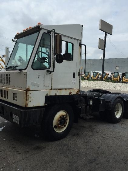 Yard Truck-Heavy Duty Tractors-Ottawa-2006-YT60-MILWAUKEE-WI-188,290 miles-$35,000