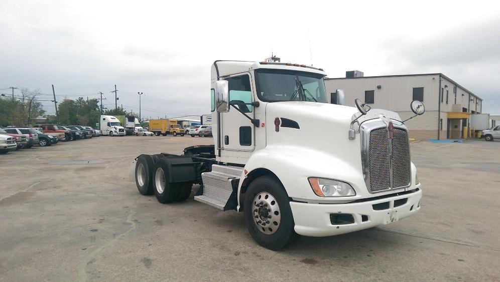Day Cab Tractor-Heavy Duty Tractors-Kenworth-2013-T660-HAMMOND-LA-233,229 miles-$53,000