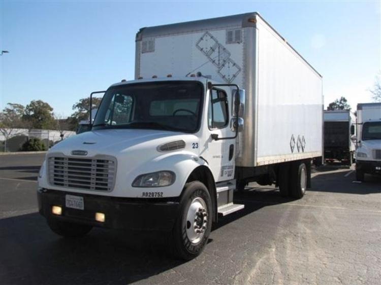 Medium Duty Box Truck-Light and Medium Duty Trucks-Freightliner-2004-M2-HAYWARD-CA-406,006 miles-$11,500