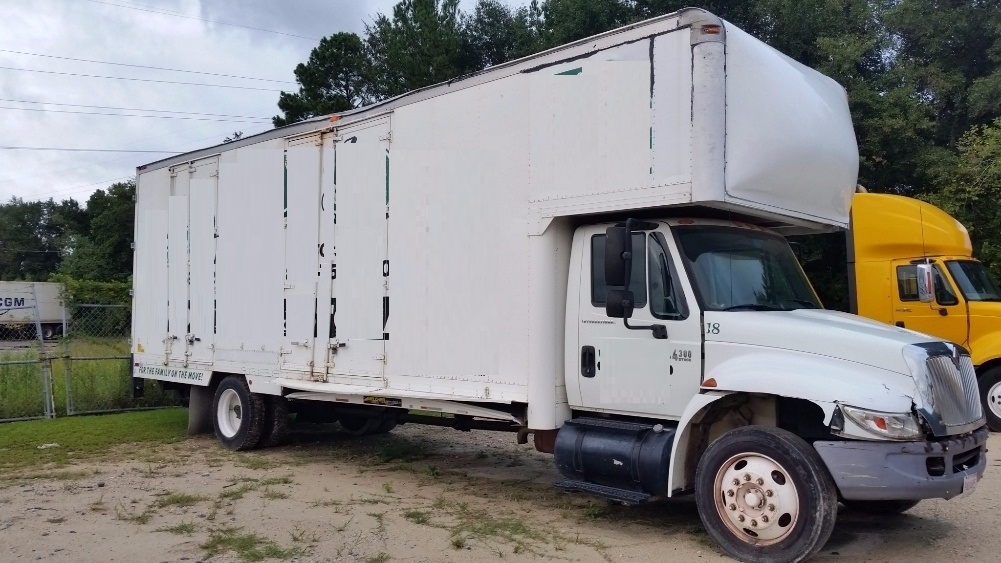 Medium Duty Box Truck-Light and Medium Duty Trucks-International-2007-4300-GARDEN CITY-GA-323,056 miles-$8,500