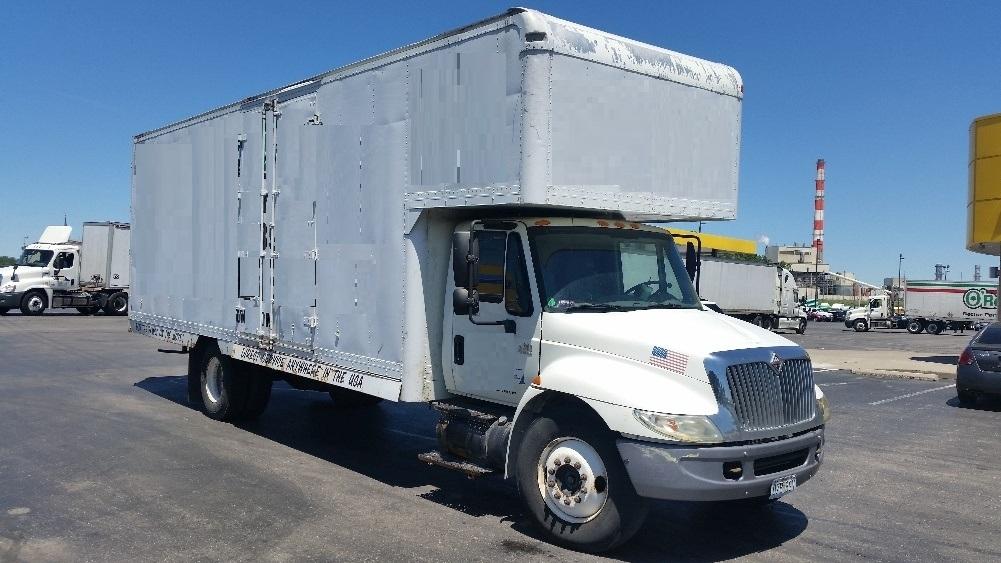 Medium Duty Box Truck-Light and Medium Duty Trucks-International-2005-4300-KANSAS CITY-MO-207,669 miles-$11,950