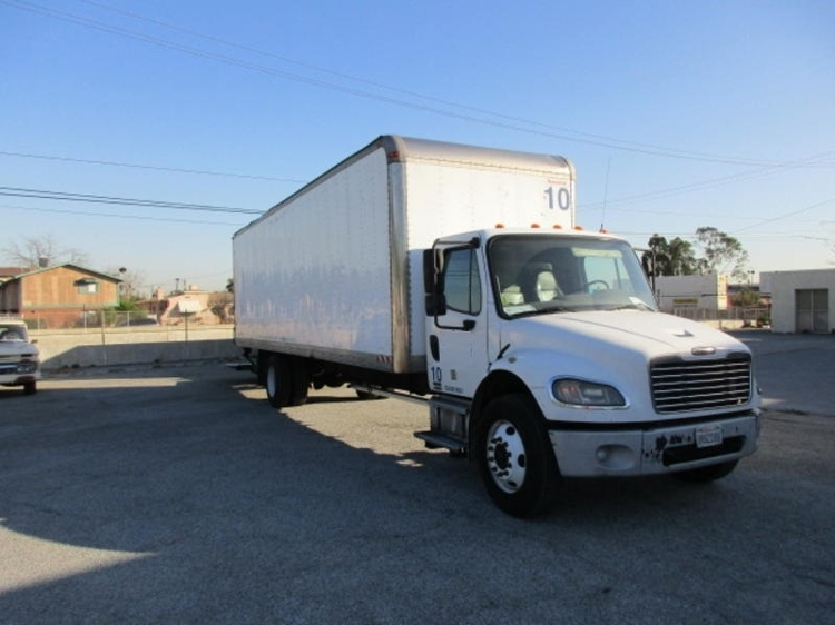Medium Duty Box Truck-Light and Medium Duty Trucks-Freightliner-2009-M2-TORRANCE-CA-637,660 miles-$17,500