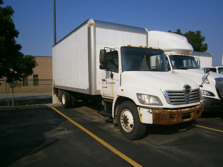 Medium Duty Box Truck-Light and Medium Duty Trucks-Hino-2007-268-MISSISSAUGA-ON-504,978 km-$25,000