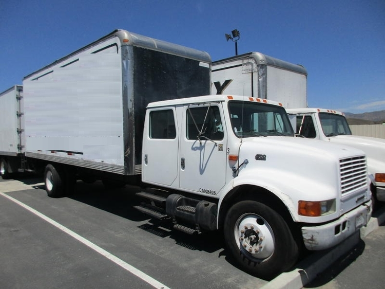 Medium Duty Box Truck-Light and Medium Duty Trucks-International-2000-4700-SUN VALLEY-CA-203,632 miles-$4,600