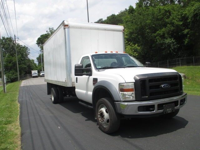 Medium Duty Box Truck-Light and Medium Duty Trucks-Ford-2008-F550-KNOXVILLE-TN-112,587 miles-$20,000