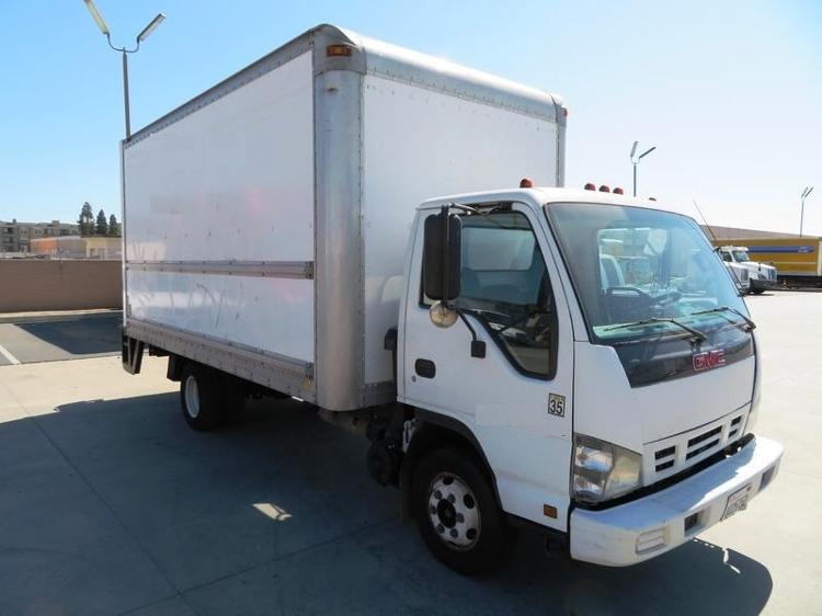 Medium Duty Box Truck-Light and Medium Duty Trucks-GMC-2007-W4500-ANAHEIM-CA-293,812 miles-$13,750