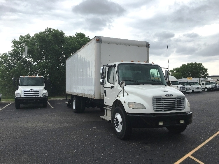 Medium Duty Box Truck-Heavy Duty Tractors-Freightliner-2006-M2-WICHITA-KS-244,932 miles-$16,750