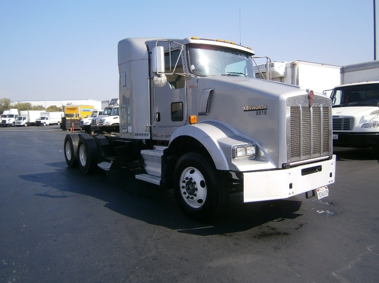 Sleeper Tractor-Heavy Duty Tractors-Kenworth-2011-T800-LA MIRADA-CA-259,736 miles-$46,250