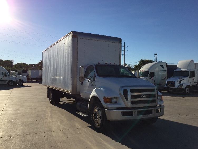 Medium Duty Box Truck-Light and Medium Duty Trucks-Ford-2006-F650-DALLAS-TX-334,148 miles-$12,500