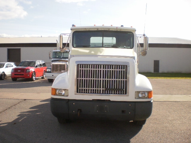 Day Cab Tractor-Heavy Duty Tractors-International-1996-9200-PORT HURON-MI-404,209 miles-$13,250