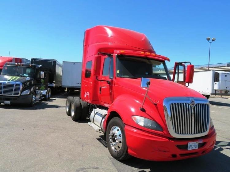 Sleeper Tractor-Heavy Duty Tractors-International-2011-ProStar-LA MIRADA-CA-543,220 miles-$30,250