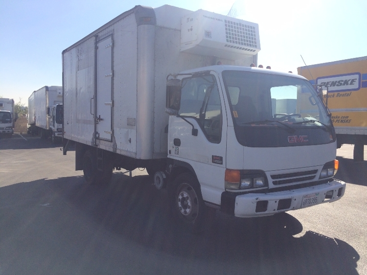 Reefer Truck-Light and Medium Duty Trucks-GMC-2002-W4500-SUN VALLEY-CA-149,665 miles-$10,500
