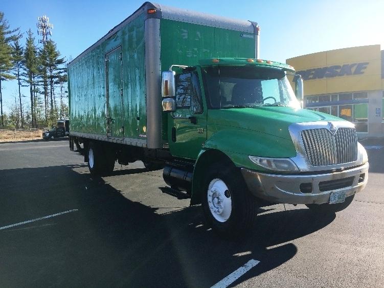 Medium Duty Box Truck-Light and Medium Duty Trucks-International-2007-4300-LONDONDERRY-NH-318,000 miles-$8,000