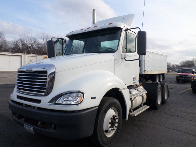 Day Cab Tractor-Heavy Duty Tractors-Freightliner-2007-Columbia CL12064ST-JACKSON-MI-769,513 miles-$14,500