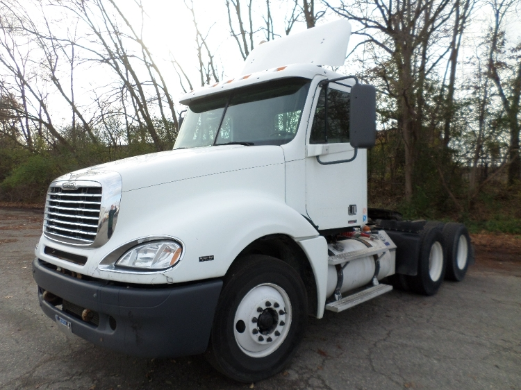 Day Cab Tractor-Heavy Duty Tractors-Freightliner-2007-Columbia CL12064ST-JACKSON-MI-771,481 miles-$16,000