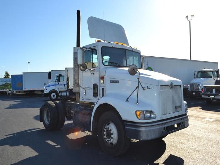 Day Cab Tractor-Heavy Duty Tractors-International-2000-9100-STOCKTON-CA-506,386 miles-$12,250