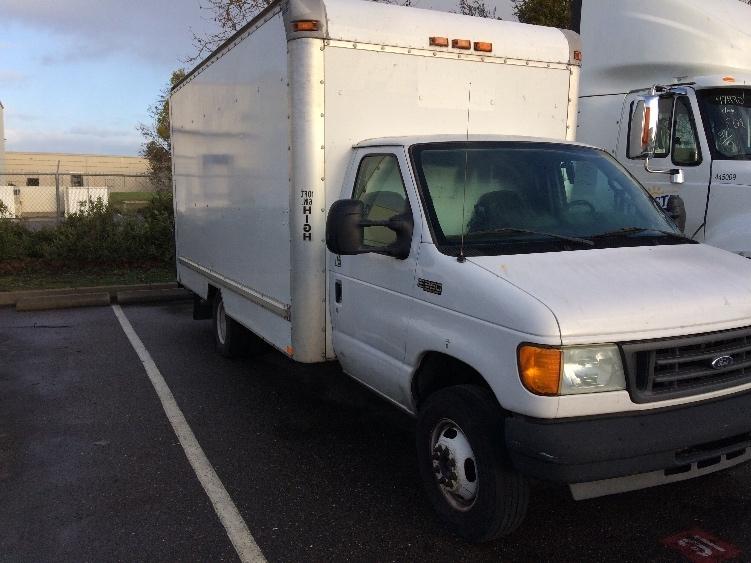 Medium Duty Box Truck-Light and Medium Duty Trucks-Ford-2004-E350-CERES-CA-286,548 miles-$3,500