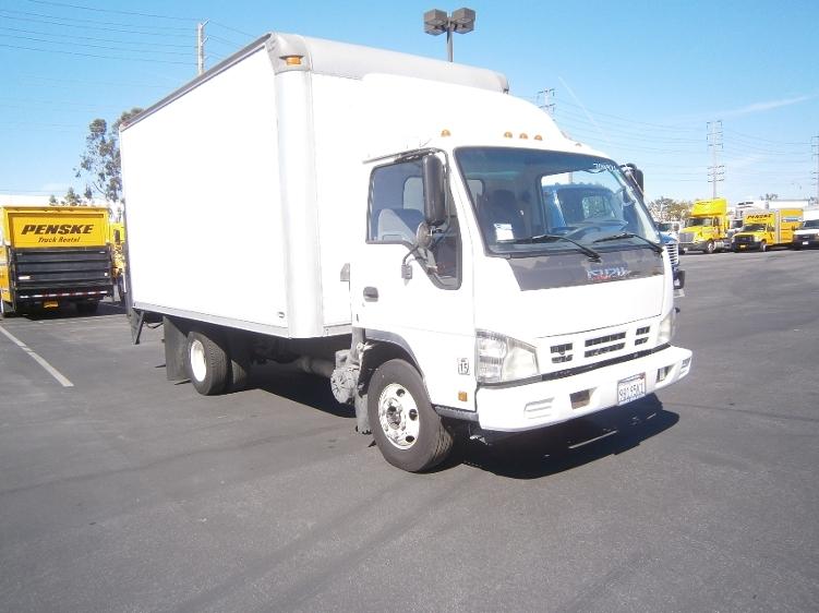 Medium Duty Box Truck-Light and Medium Duty Trucks-Isuzu-2006-NPR-TORRANCE-CA-221,767 miles-$10,500