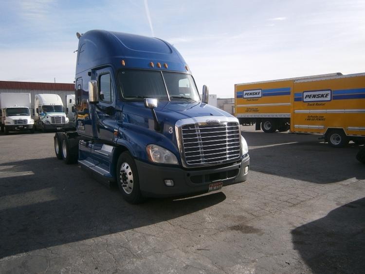 Sleeper Tractor-Heavy Duty Tractors-Freightliner-2011-Cascadia 12564ST-BOISE-ID-623,597 miles-$37,750