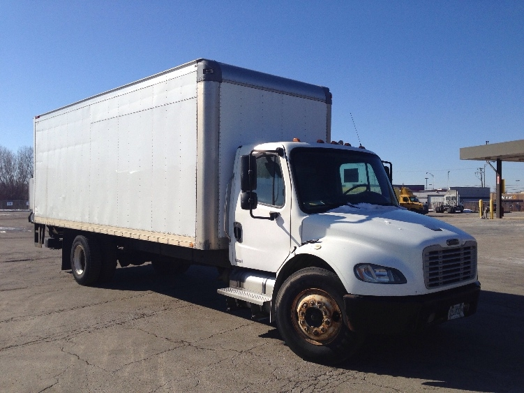 Medium Duty Box Truck-Light and Medium Duty Trucks-Freightliner-2004-M2-CHICAGO RIDGE-IL-300,000 miles-$5,000